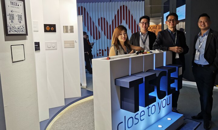 Lai Swee Hong, founder of the renowned Blu Water Studio with TECE team.